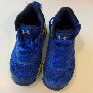 Under Armour Sneakers 👟 💙